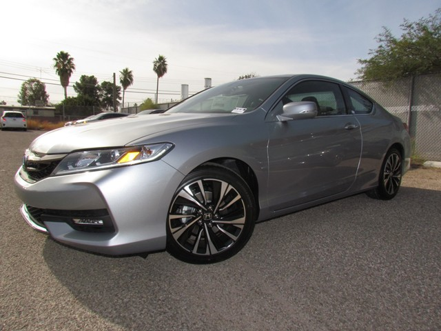 2017 Honda Accord Cpe EX-L – Stock #H1702700