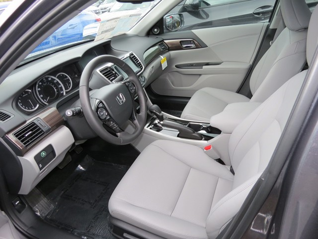 2017 Honda Accord Sdn EX-L – Stock #H1703570