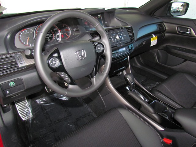 2017 Honda Accord Sdn Sport – Stock #H1703820