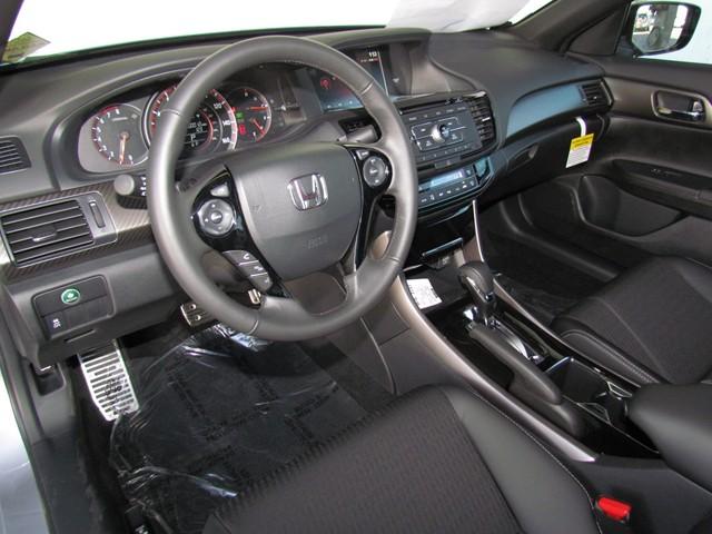 2017 Honda Accord Sdn Sport – Stock #H1703830