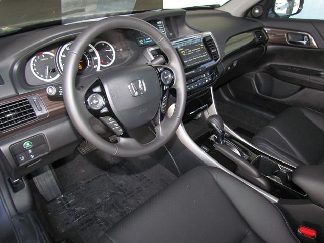 2017 Honda Accord Sdn EX-L V6 w Navi w Honda Sensing – Stock #H1704560