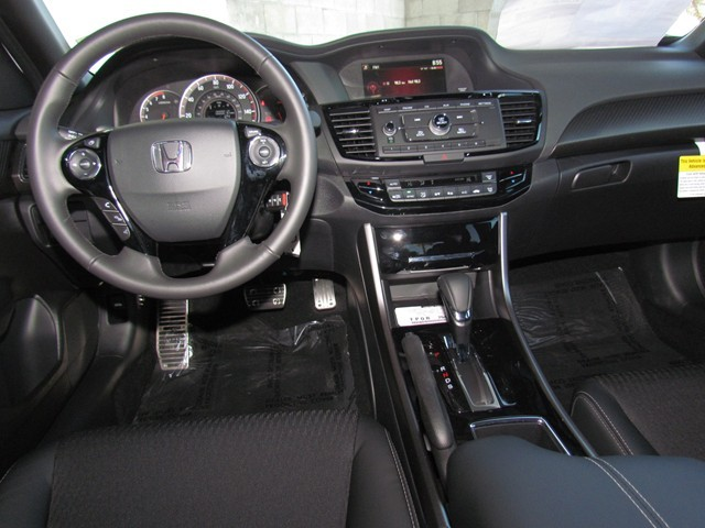 2017 Honda Accord Sdn Sport – Stock #H1704760
