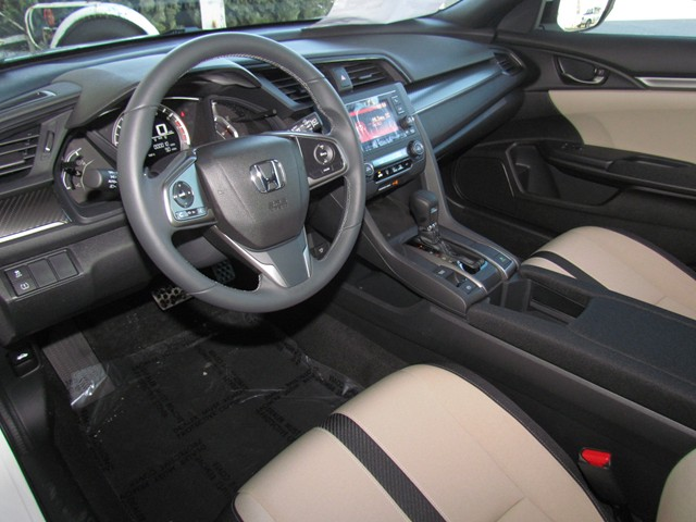 2017 Honda Civic Hatchback Sport – Stock #H1705510