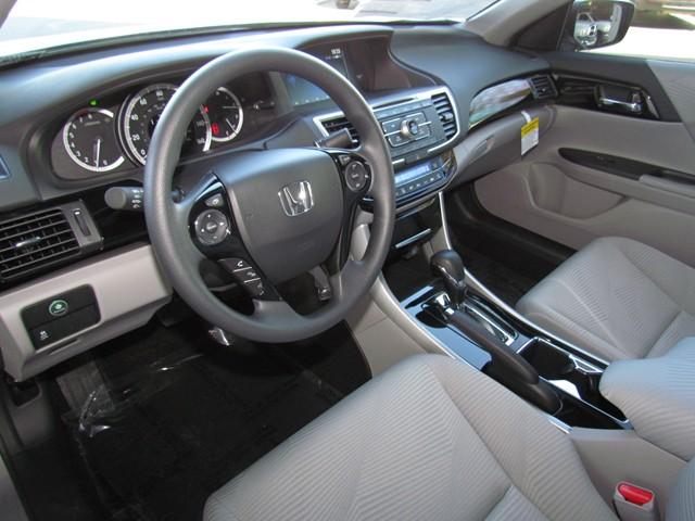 2017 Honda Accord Sdn LX – Stock #H1706010