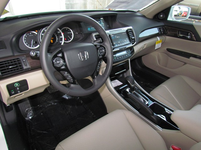 2017 Honda Accord Sdn EX-L w Navi w Honda Sensing – Stock #H1707140