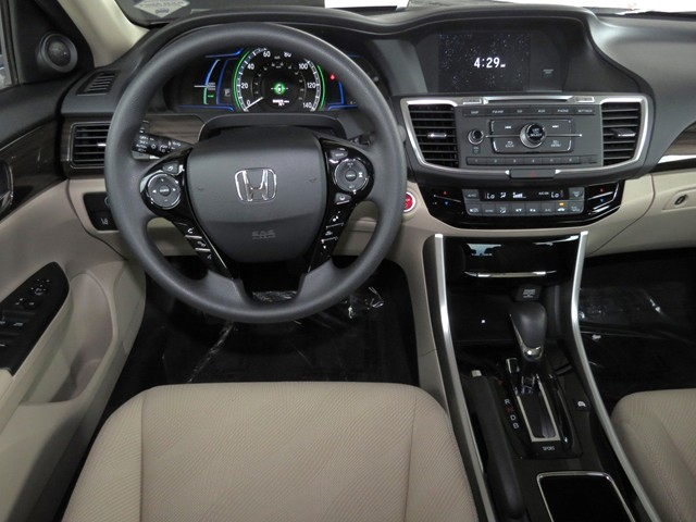 2017 Honda Accord Hybrid  – Stock #H1707300