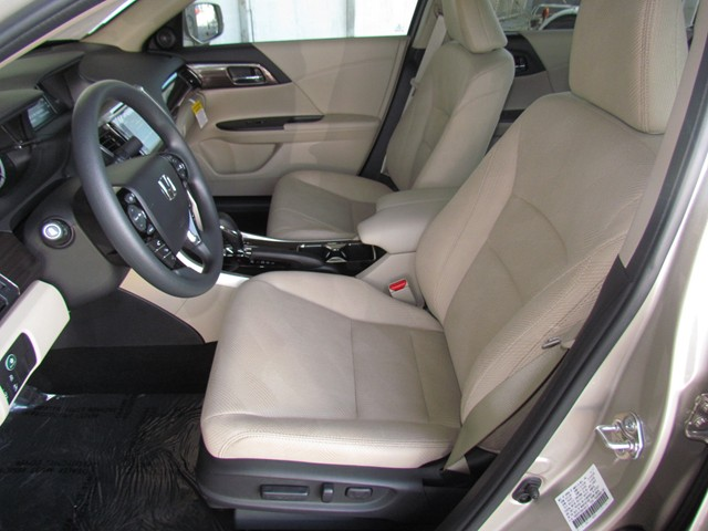 2017 Honda Accord Sdn EX w Honda Sensing – Stock #H1707430