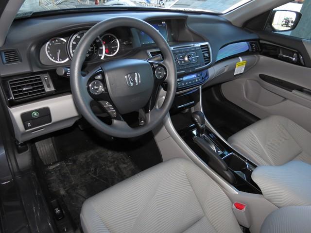 2017 Honda Accord Sdn LX – Stock #H1708610