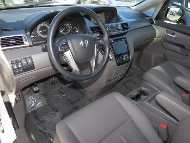 2017 Honda Odyssey Touring Elite – Stock #H1709070