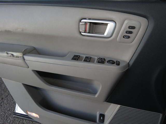 2009 Honda Pilot Touring w/Navi – Stock #H1719350B
