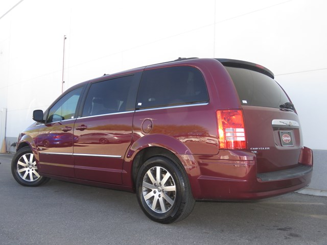 Used 2009 Chrysler Town and Country Touring