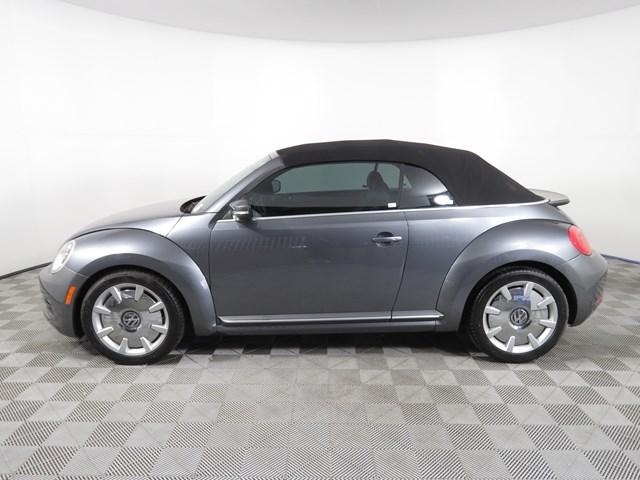 2013 Volkswagen Beetle Convertible 2.5L PZEV
