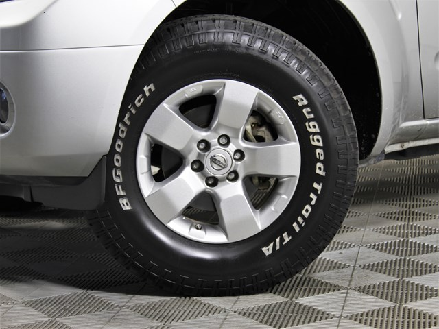 2013 Nissan Frontier SV Crew Cab