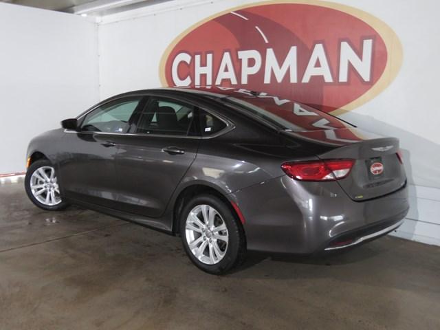 2016 Chrysler 200 Limited Platinum