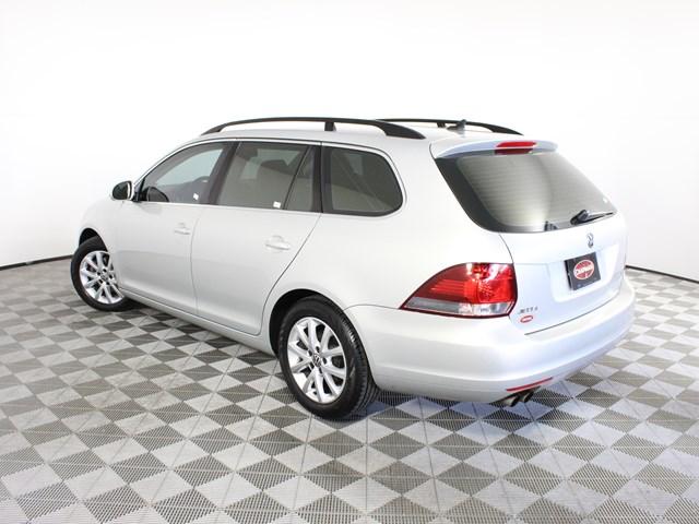 2011 Volkswagen Jetta SportWagen S PZEV