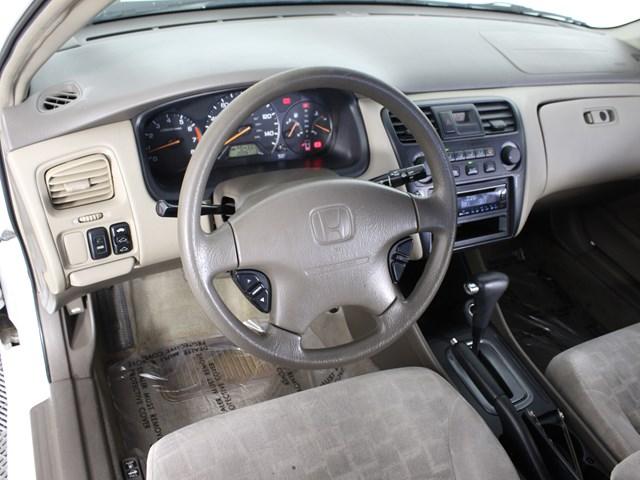 Pre-Owned 2002 Honda Accord EX