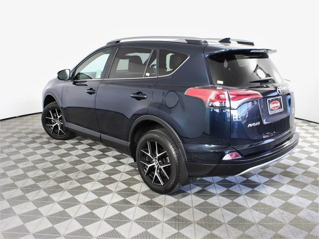 2018 Toyota RAV4 SE