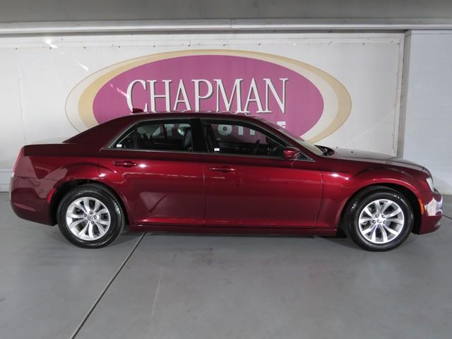 2015 Chrysler 300  – Stock #HT67160