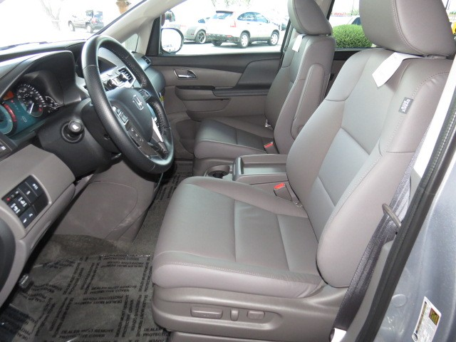 2016 Honda Odyssey Touring – Stock #H1601100