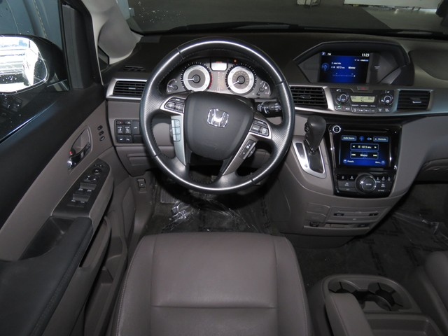 2016 Honda Odyssey Touring – Stock #H1613330