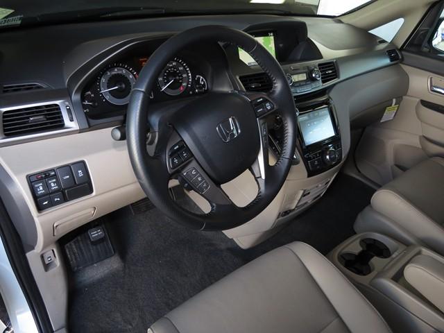 2016 Honda Odyssey Touring Elite – Stock #H1614590