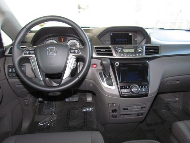 2017 Honda Odyssey Touring Elite – Stock #H1708530