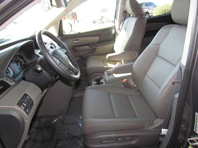 2017 Honda Odyssey EX-L w RES – Stock #H1709060