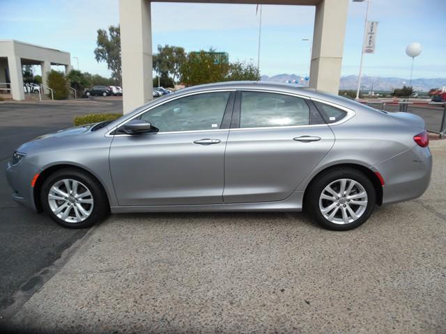2015 Chrysler 200 Limited – Stock #T1672670