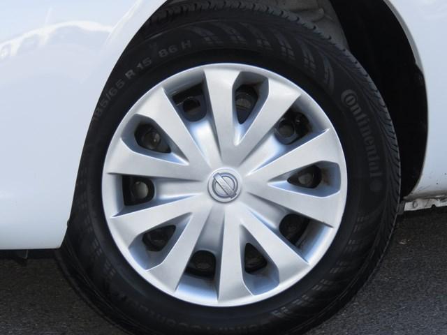 2019 Nissan Versa SV