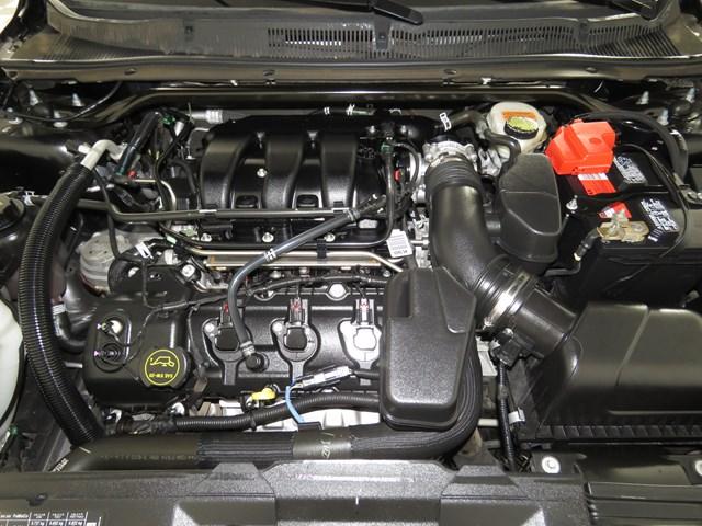 Used 2015 Ford Taurus SE