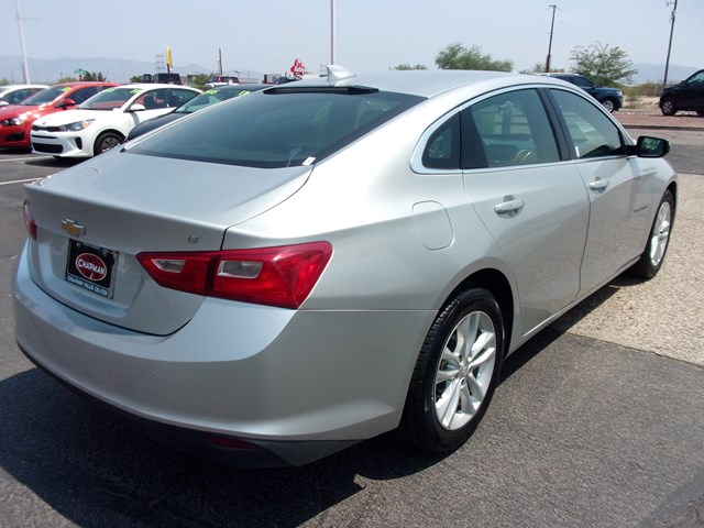 Used 2017 Chevrolet Malibu LT