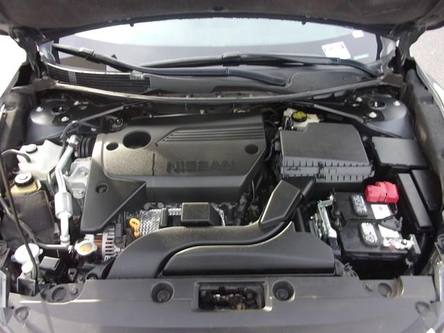 Used 2016 Nissan Altima 2.5 SV