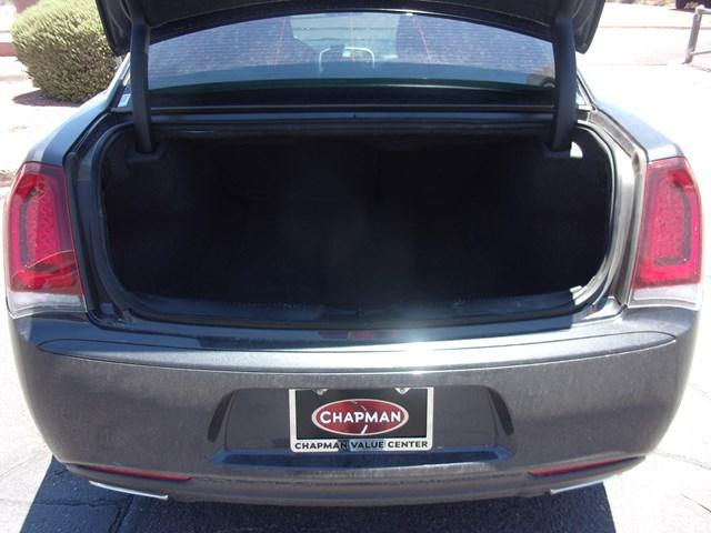 2019 Chrysler 300 Touring