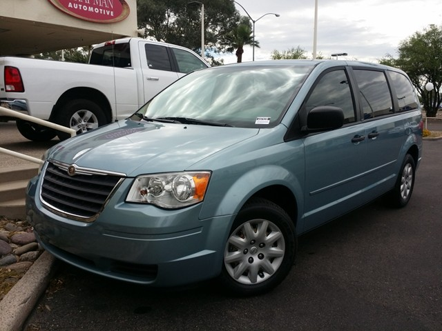 2008 chrysler town and country lx in tucson stock w1674370 chapman palo verde used cars in. Black Bedroom Furniture Sets. Home Design Ideas