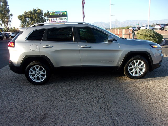 Used 2017 Jeep Cherokee Latitude