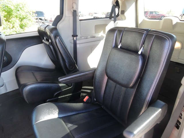 2016 Chrysler Town and Country Touring – Stock #T1672220