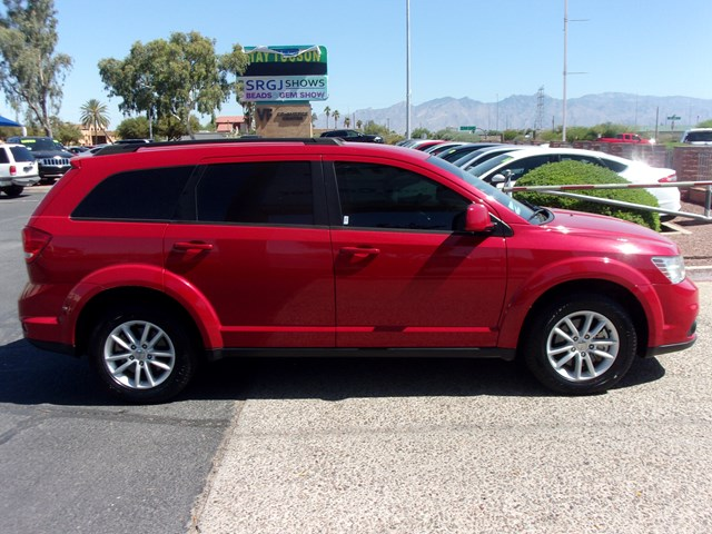 Used 2017 Dodge Journey SXT