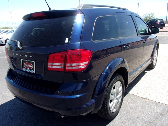 Used 2017 Dodge Journey SE