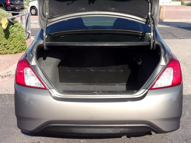 Used 2017 Nissan Versa 1.6 S