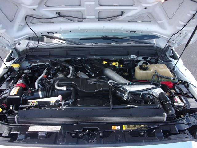 2013 Ford F-350 Super Duty Lariat Crew Cab