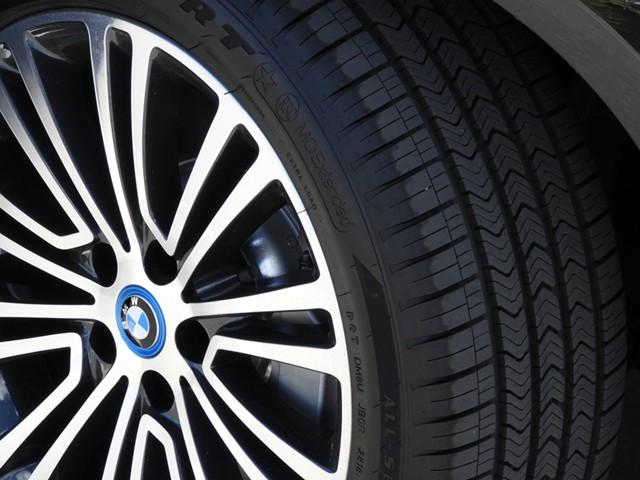 2019 BMW 530e iPerformance Sedan – Stock #490201