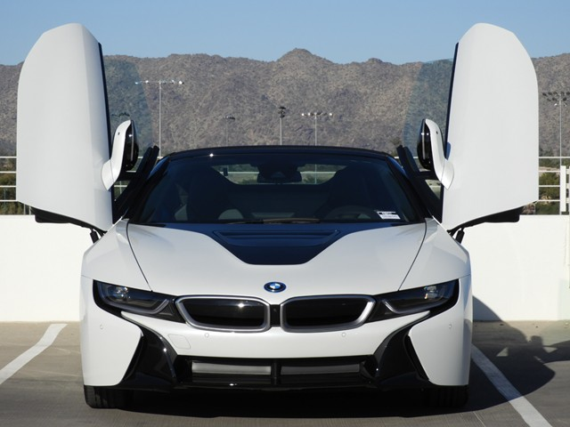 2019 BMW i8  Convertible – Stock #490437