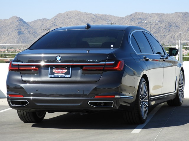 2020 BMW 7-Series 740i Sedan