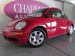 View the 2007 Volkswagen New Beetle