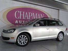 View the 2010 Volkswagen Jetta