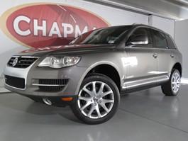 View the 2010 Volkswagen Touareg