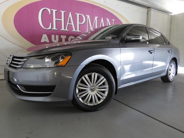 2014 Volkswagen Passat S Details