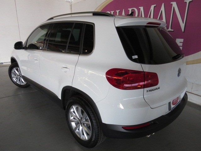 2017 volkswagen tiguan 2 0t wolfsburg edition v1700030. Black Bedroom Furniture Sets. Home Design Ideas