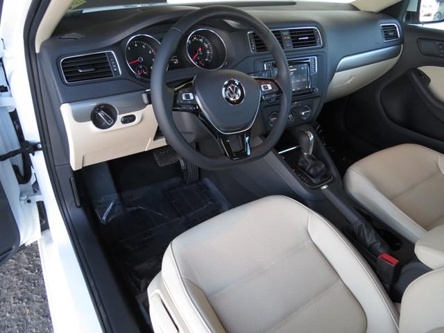 2017 Volkswagen Jetta Sedan 1.4T SE – Stock #V1700810