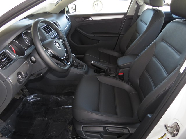 2017 Volkswagen Jetta Sedan 1.4T SE – Stock #V1701440